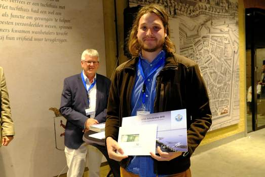 Oliver Antczak (university of Cambridge, UK) was rewarded with an ISISA2018 scholarship