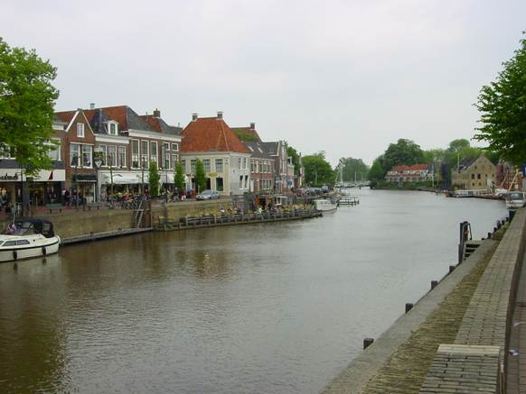 Dokkumer Grootdiep. Foto: CrazyPhunk - Eigen werk, CC BY-SA 4.0, https://commons.wikimedia.org/w/index.php?curid=3481369